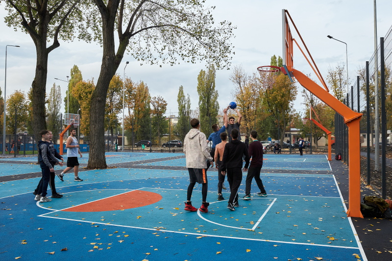 На бульварі Юр'єва відкрили найбільший урбан-парк в Україні