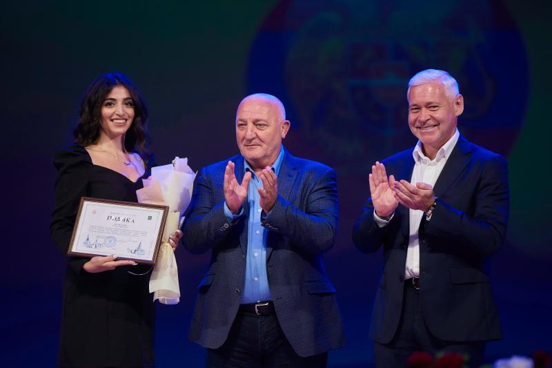 Ігор Терехов привітав вірменську спільноту з Днем незалежності