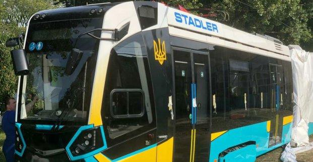 У Харкові почали випробування трамвая «Stadler»